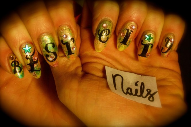 shy-charles-best-city-nails-art-letters